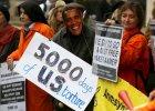 Demonstracja zwolennik�w uwolnienia Shakera Aamera, obywatela brytyjskiego z wi�zienia Guantanamo na Kubie