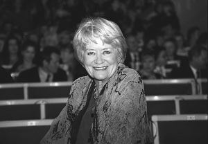 Jedna z najpopularniejszych polskich aktorek filmowych, teatralnych i telewizyjnych zmarła 13 listopada 2017 roku w Warszawie.
