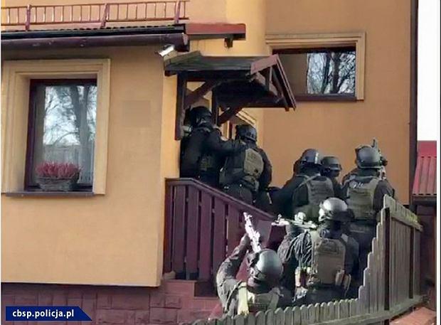 Horror w Bielsku-Białej. Zatrzymali ją do kontroli drogowej i porwali. Zażądali 5 mln zł okupu