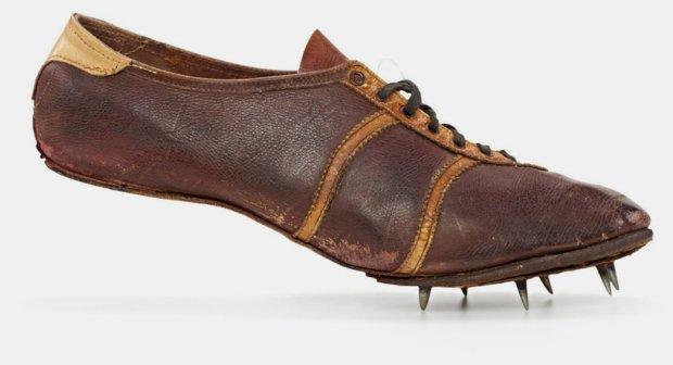 Tack Tennis Shoes