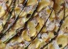 Pizza bianca z ziemniakami i kremowym serkiem z pesto i rukol�