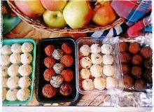 Słodkie kulki bakaliowo-jaglane - ugotuj