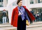 3 modne stylizacje na deszczowe, jesienne dni