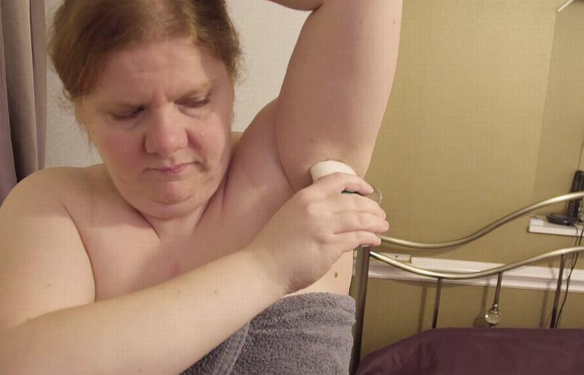 Jeżeli stosujesz antyperspirant zaraz po prysznicu, popełniasz błąd.