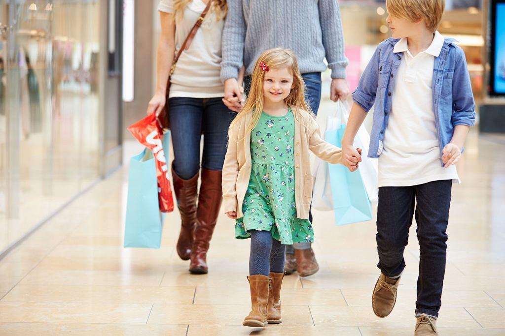 Ile kosztują dzisiaj dzieci?