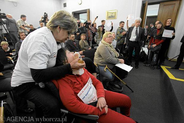 Protest rodzic�w dzieci niepe�nosprawnych popierany przez Solidarna Polsk�