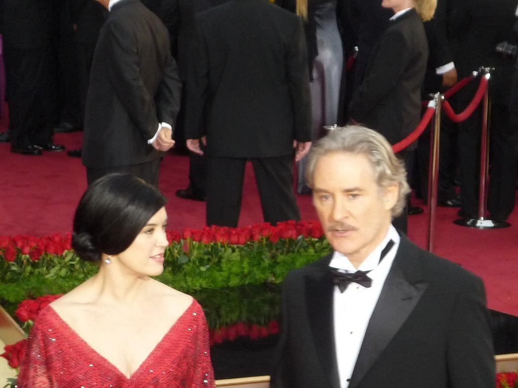 Kevin Kline i Phoebe Cates / fot. Greg in Hollywood (Greg Hernandez), Wikimedia Commons, domena publiczna