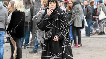 Manifestacja przeciw zakazowi aborcji zorganizowana przez Kongres Kobiet. Warszawa, 9.04.2016