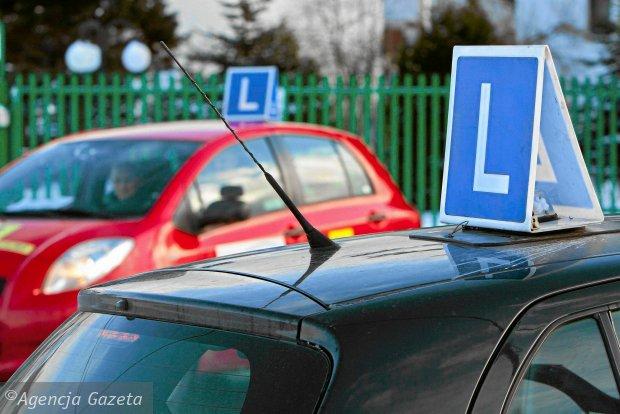 KE pozwała Polskę za złe wdrożenie przepisów UE dotyczących praw jazdy
