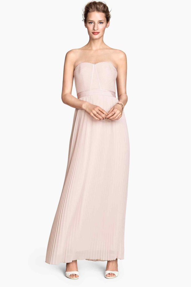 b7e55ae63e Zdjęcie numer 26 w galerii - Długie suknie i krótkie sukienki na ślub  cywilny