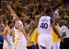 NBA. Curry i James w pierwszej pi�tce sezonu z kompletem g�os�w