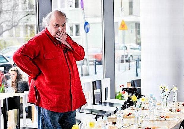 Maciej Nowak pochwalił się, że zjadł psa