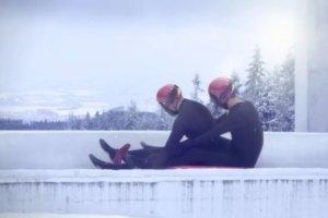 """""""Najbardziej gejowska reklama w historii"""". Kanadyjczycy prowokuj� przed Soczi"""