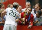 M� kobiet. Amerykanki rz�dz� futbolem, czyli inny kolor z�ota