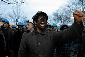 """""""Rzeczpospolita"""" ostro na pierwszej stronie. O rz�dzie: """"Wystraszeni protestami"""", """"ulega kolejnej grupie nacisku"""""""