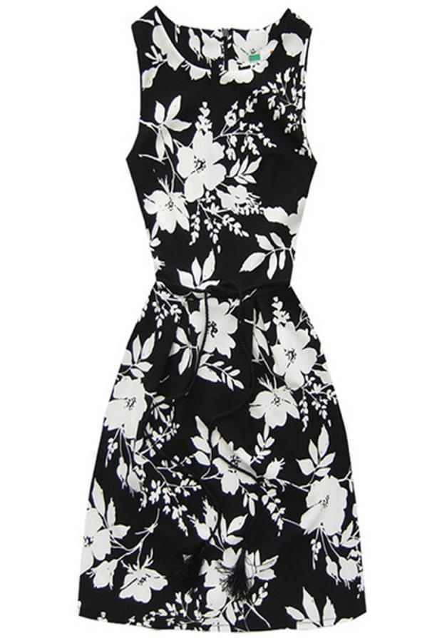 IFA Moda Sukienka w kwiaty czarno-bia�a