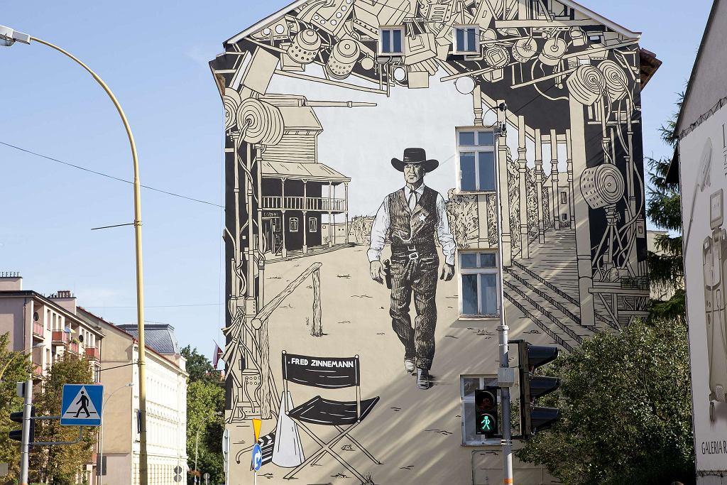 Rzeszowski mural upamiętniający Freda Zinnemanna, reżysera 'W samo południe' / Fot. Kuba Kowalski