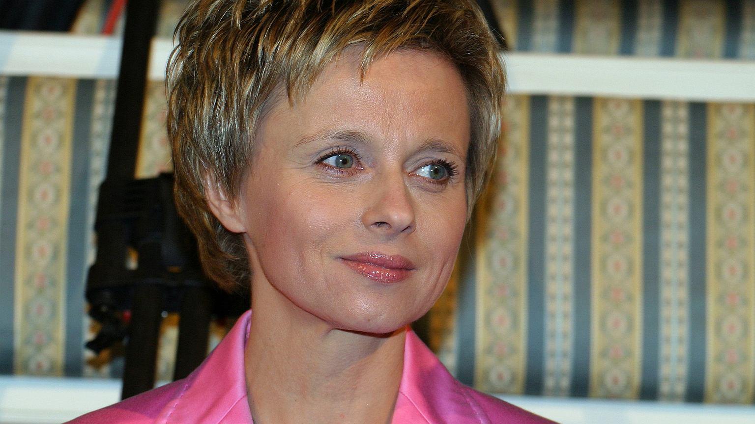 Jolanta Pieńkowska zanim została sławna, była stewardessą. Joanna Kulig za to śpiewała na dansingach. Poznajcie pierwsze prace gwiazd