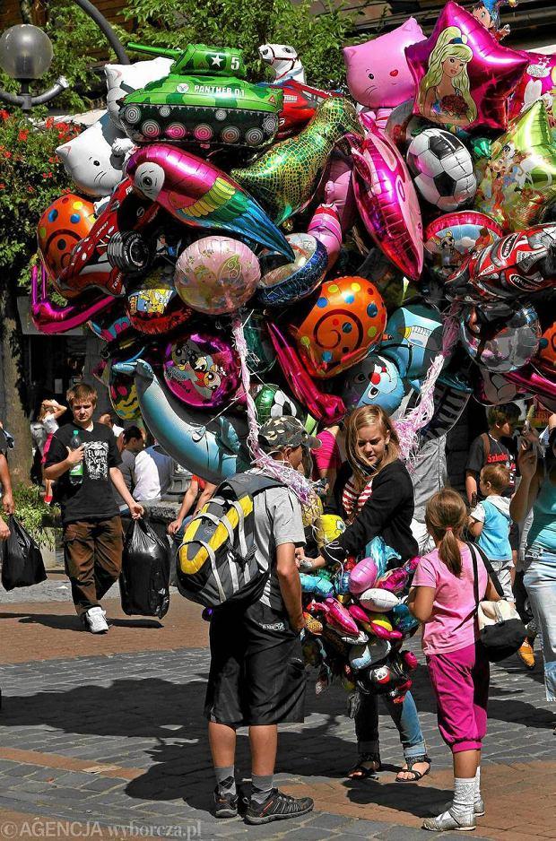 Sprzedając balony zarobimy ok. 1,5-1,7 tys. zł