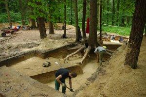 Szuka� skarb�w na staro�ytnym cmentarzysku. S�d wyda� wyrok bez precedensu