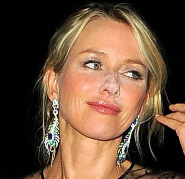 "Naomi Watts na afterparty filmu ""Diana"" w 2013"