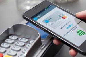 Bankomat po�kn�� kart�. Jak skorzysta� ze swoich pieni�dzy?