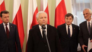 Jarosław Kaczyński ogłosił powołanie komitetu budowy dwóch pomników: Lecha Kaczyńskiego i ofiar katastrofy smoleńskiej