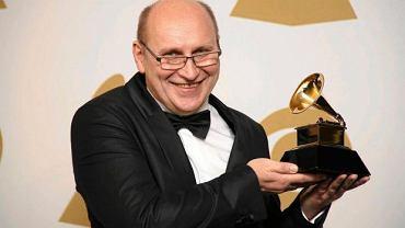 Włodek Pawlik odbiera nagrodę Grammy
