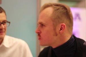 Zapowied� rozmowy z Piotrem Roguckim, wokalist� zespo�u Coma