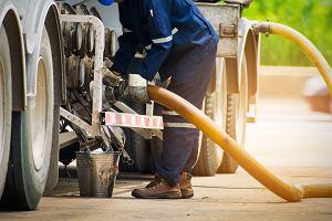 Szara strefa rynku paliw w Polsce się kurczy. Po dwóch latach prac rząd zbiera więcej podatku VAT