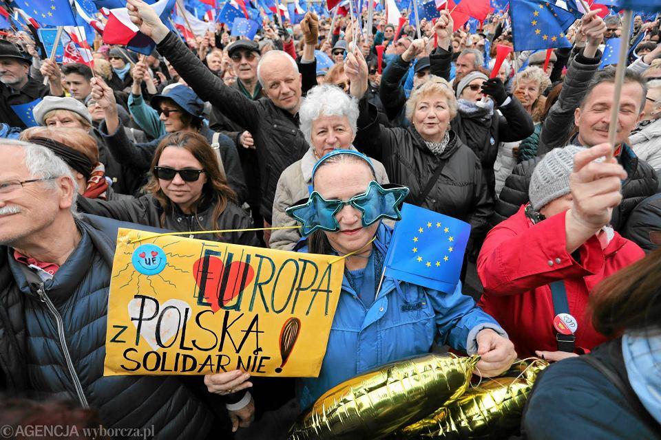 Marsz 'Kocham Cię Europo' - w Warszawie