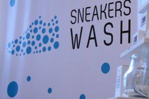Co zrobić z brudnymi i zużytymi butami? Oddaj je do SneakersWash!