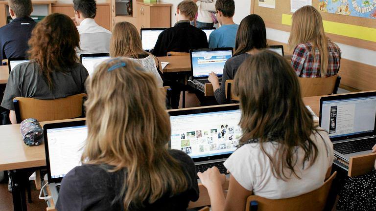 Jak znaleźć ciekawy zawód w oparciu o kompetencje cyfrowe? Młodzi ludzie poznają już odpowiedzi na te pytania.