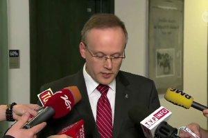 """IPN zabra� dokumenty dot. TW """"Bolka"""" z domu gen. Kiszczaka. Wdowa chcia�a je sprzeda�"""
