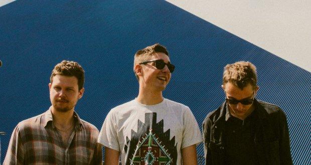 """Brytyjska grupa opublikowała klip do utworu """"Pusher""""."""