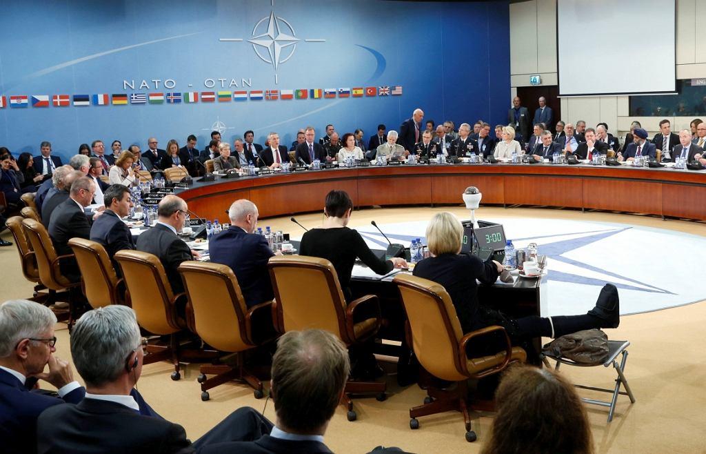 Spotkanie rady NATO-Rosja (fot. Francois Lenoir/Reuters)