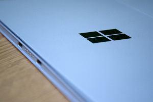Microsoft pracuje nad składanym kieszonkowym urządzeniem z serii Surface. Czym jest projekt Andromeda?