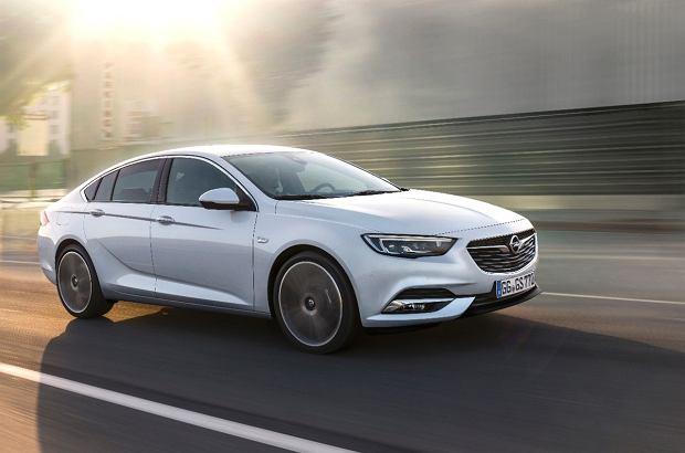 Opel Insignia | Ceny w Polsce | Najdrożej w segmencie