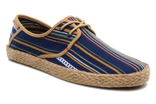 Buty z kolekcji Ted Baker. Cena: ok. 300 zł