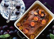 Pieczona kaczka z sosem węgierkowym - ugotuj