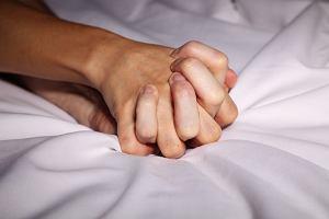Jak wygląda orgazm kobiety i mężczyzny z punktu widzenia fizjologii?