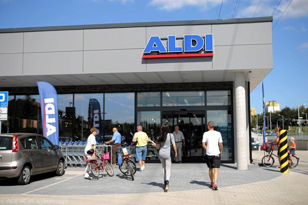 Niedziele handlowe 2018. Czy 8 lipca sklepy będą otwarte?