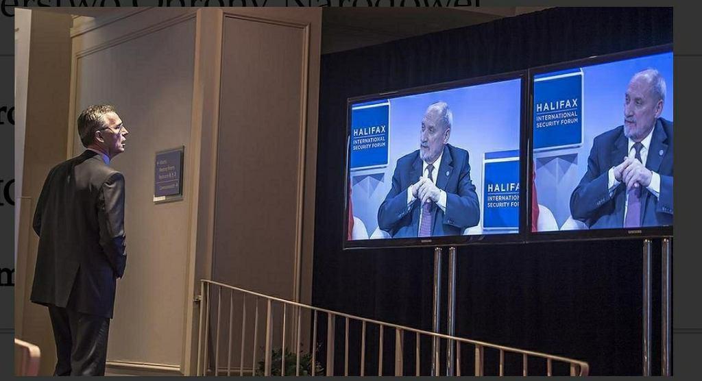 Antoni Macierewicz i Jens Stoltenberg podczas Międzynarodowego Forum Bezpieczeństwa w Halifaxie