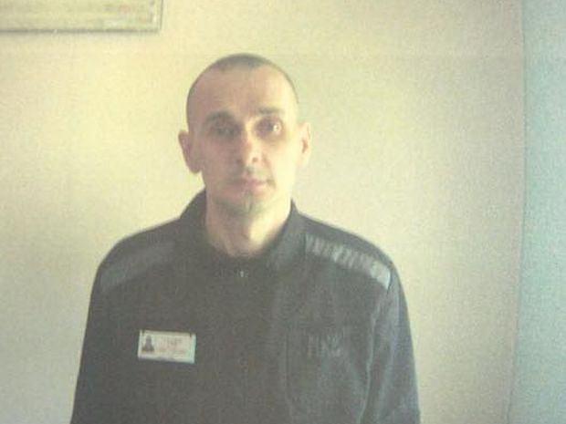 Rosjanie ujawnili zdjęcia Ołeha Sencowa, który przebywa w łagrze