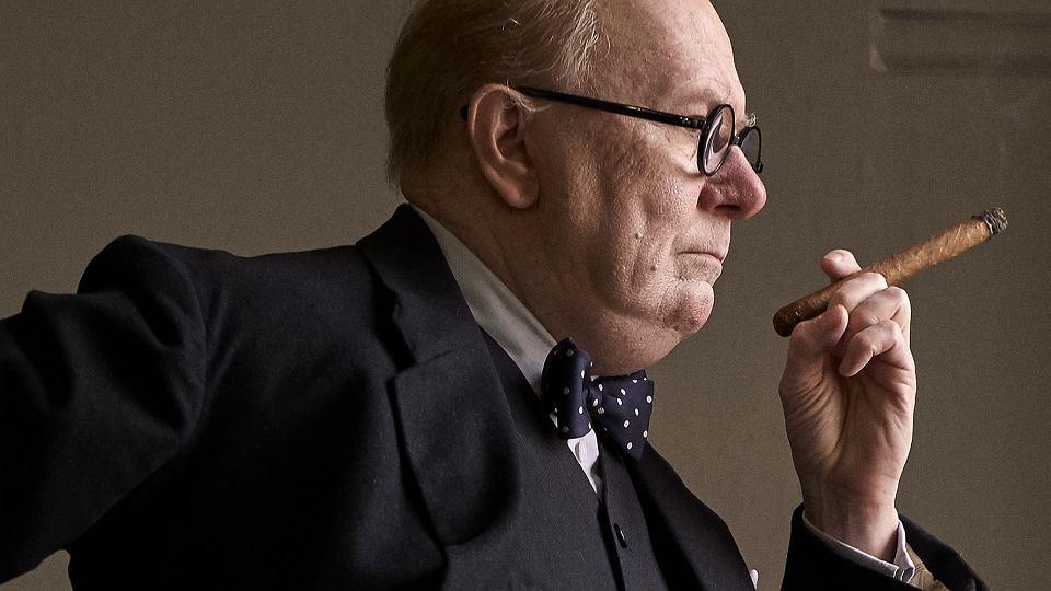 Gary Oldman jako Winston Churchill w 'Czasie mroku'