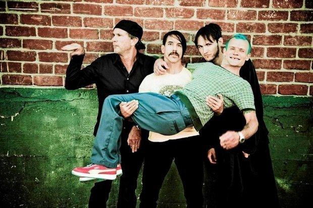 Anthony Kiedis z Red Hot Chili Peppers wraca do zdrowia i jak zapewnia kolega z bandu, będzie w jeszcze lepszej formie.
