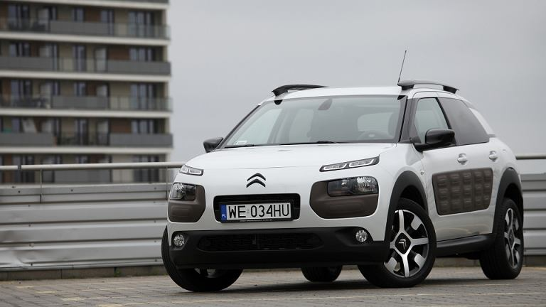 citroen c4 cactus 1 2 test iphone 5c. Black Bedroom Furniture Sets. Home Design Ideas