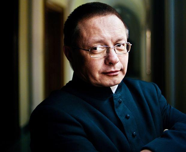 Biskup Ryś: Solidarność, bliskość, dotyk