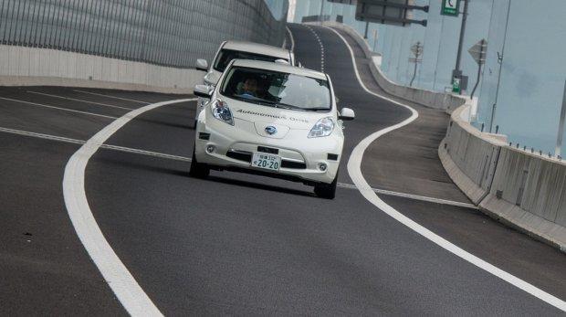 4 wizje przysz�o�ci motoryzacji