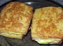 Gorąca kanapka z awokado i kukurydzą - ugotuj